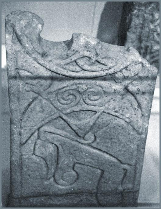 Gellyburn: Crescent and V-rod, pictish beast, and the bottom of a circle.