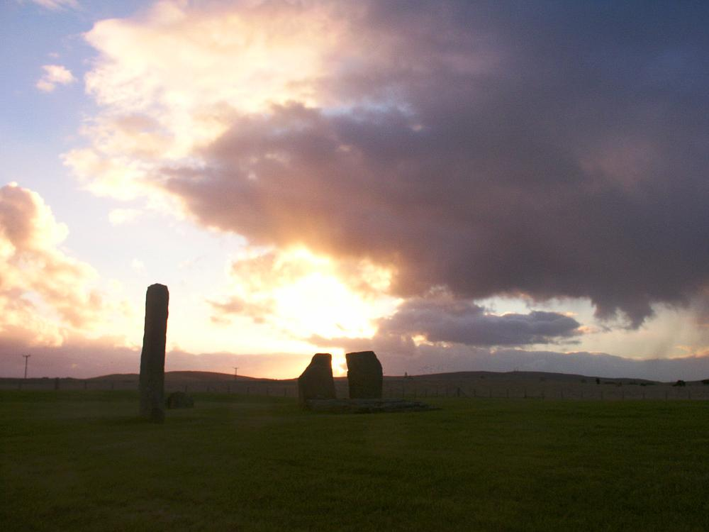 The northern stones, looking east at dawn.